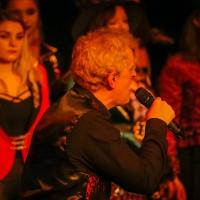 201912222019-12-22_Augsburg_Chris-Murray_Joy-of-Voice_Christmasshow_Poeppel_0235
