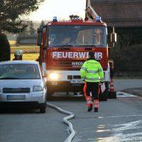2020-01-06_Unterallgaeu_Apfeltrach_Brand_Ofen_Feuerwehr_BringezuIMGL1848