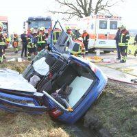 2020-01-09_Unterallgaeu_Tussenhausen_Unfall_Feuerwehr_BringezuIMGL1904