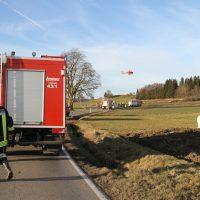 2020-01-09_Unterallgaeu_Tussenhausen_Unfall_Feuerwehr_BringezuIMGL1938