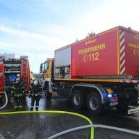 2020-01-17_Kempten_Brand_Werkstatt_Tankwagenanhaenger_FeuerwehrIMG_5169