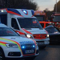 2020-02-25_A96_Leutkirch_Aichstetten_Lkw_Pkw_Feuerwehr_BX4A3117