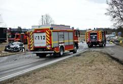 2020-02-25_B12_Kaufbeuren_Martoberdorf_toedlicher-Unfall_Lkw_Pkw_Feuerwehr_Bringezu_8E72E960-B3ED-4421-A10E-164A587FF873