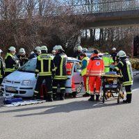 2020-02-26_A96_Stetten_Erkheim_Unfall_Feuerwehr_Bringezu (3)