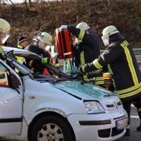 2020-02-26_A96_Stetten_Erkheim_Unfall_Feuerwehr_Bringezu (7)