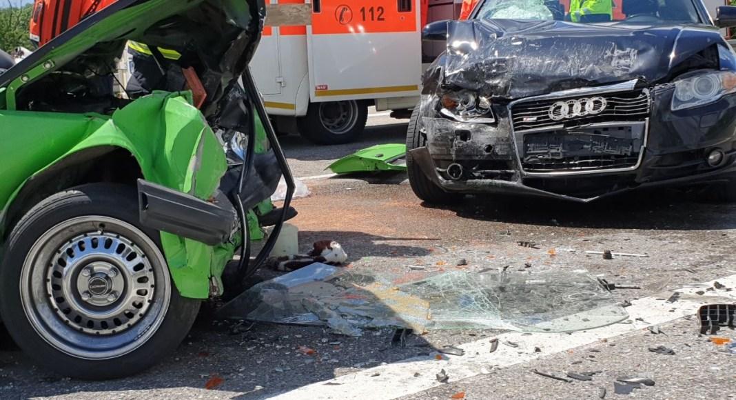 21.06.2020 Unfall B312 Frontal Feuerwehr Rettungsdienst (4)