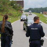 2020-07-06_Oberguenzburg_Ostallgaeu_Linienbus_Schwerverletzte_Frau_Rettunshubschrauber_Polizei_Poeppel_IMG_7148