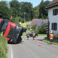 2020-07-13_B312_Edenbachen_Lkw-Unfall_Silozug_Feuerwehr_Kutter_pel_IMG_7186