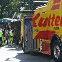 2020-07-13_B312_Edenbachen_Lkw-Unfall_Silozug_Feuerwehr_Kutter_pel_IMG_7199