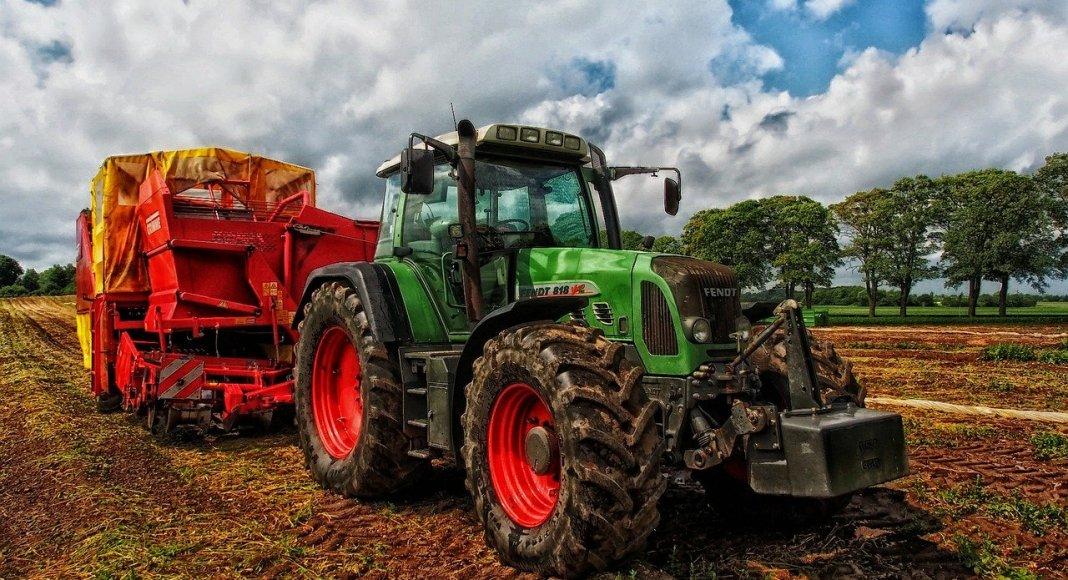 Landwirtschaftliche Arbeiten Am Sonntag