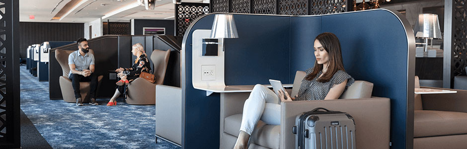 EWR Polaris Lounge Style and Technology