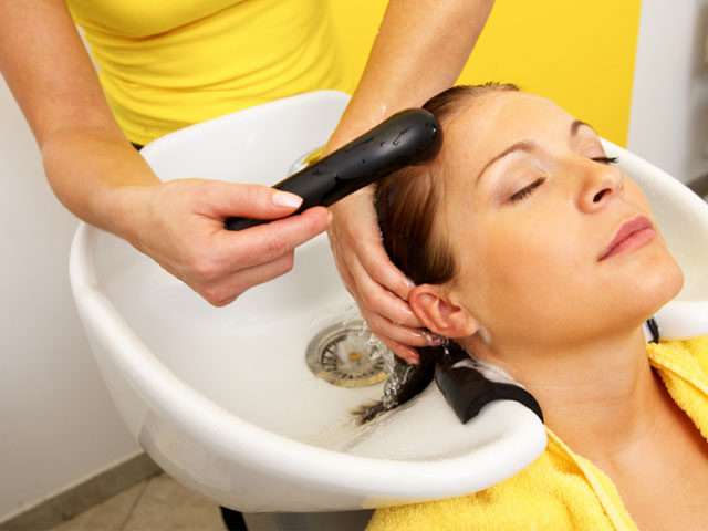 Does Your Hairstylist Risk His Life For Your Look? featured image
