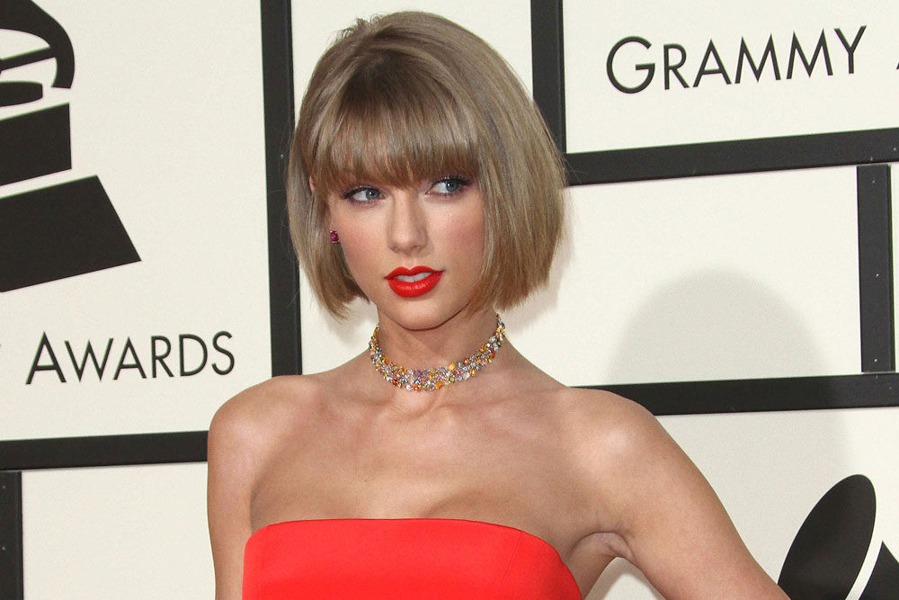 The Best Celebrity Bangs in the Biz featured image
