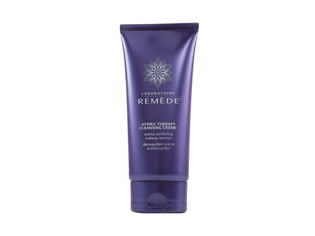 A Comforting Cleanser With Extra Anti-Aging Advantages featured image