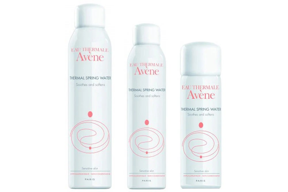 Why Your Summer Beauty Routine Needs a Hydrating Spray featured image