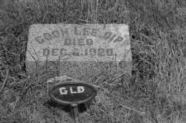 A grave marker. Photo by Joseph D. Thomas