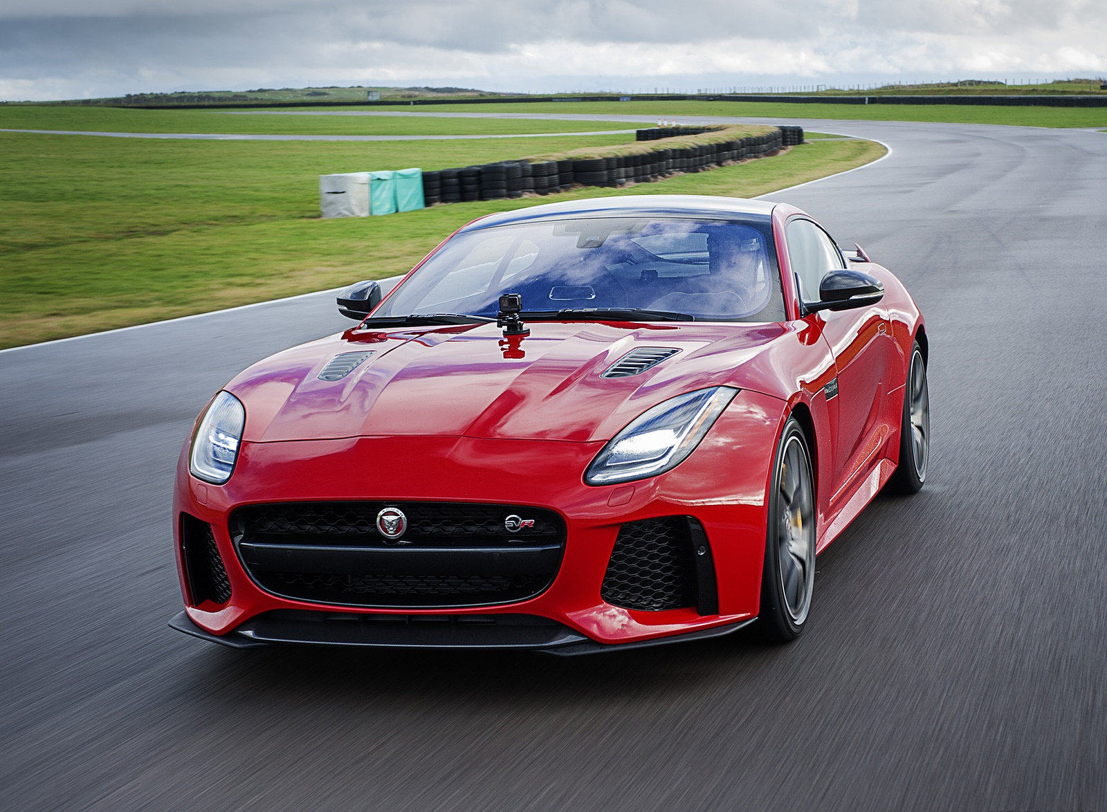 2018 Jaguar F Type Coupe And Convertible Wallpapers 51 Hd Images