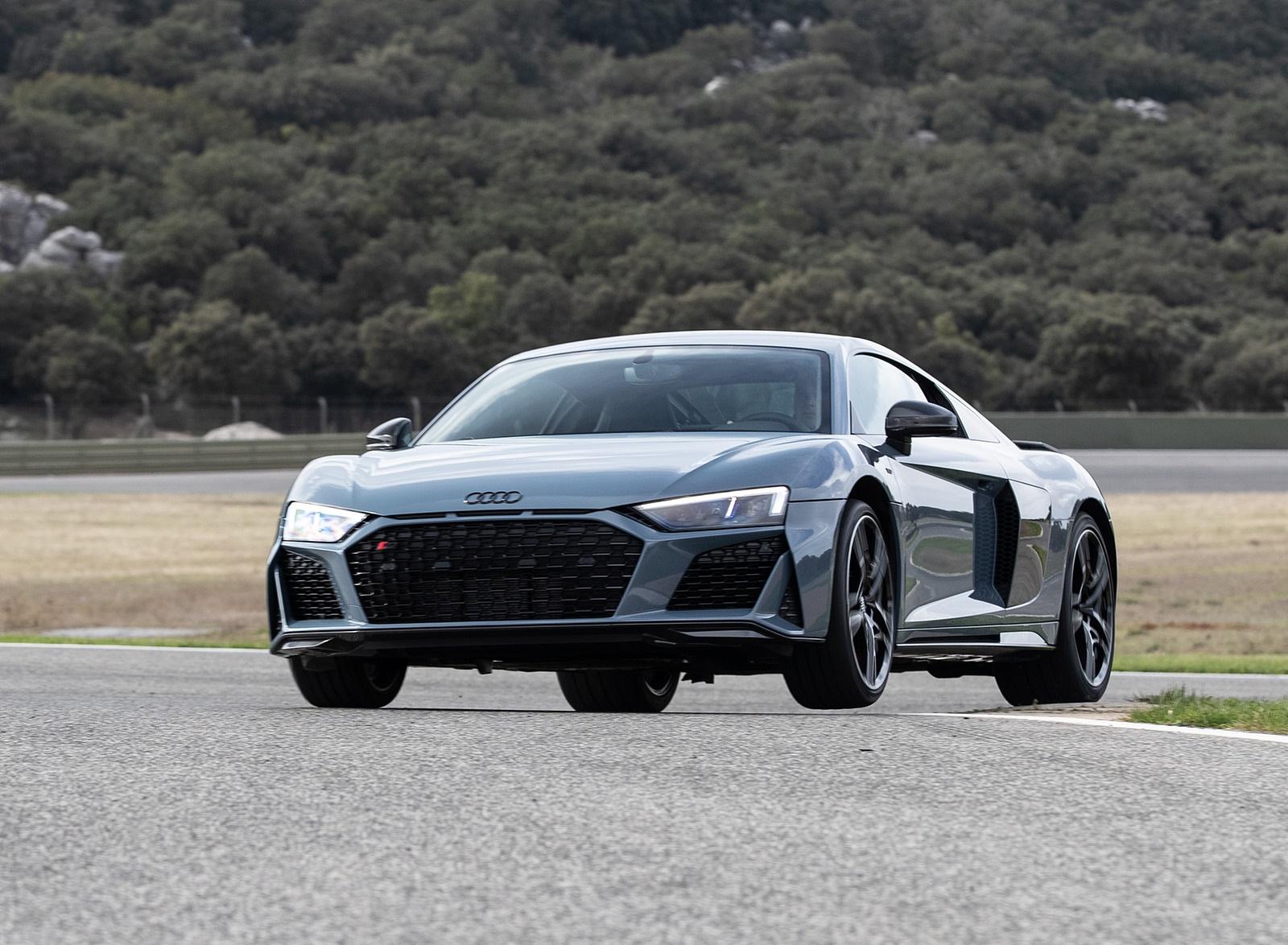 2019 Audi R8 V10 Coupe Color Kemora Gray Metallic Front Wallpaper