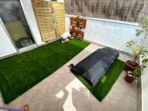 poner cesped artificial terraza