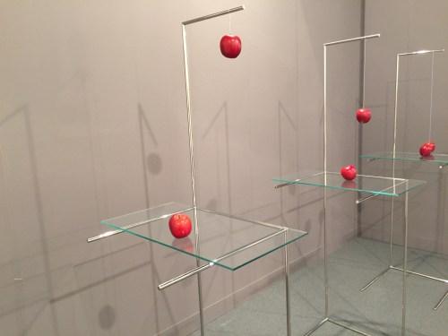"""Galeria Raquel Arnaud's """"Kabinett"""" installation of Waltercio Caldas' """"A Tale"""""""