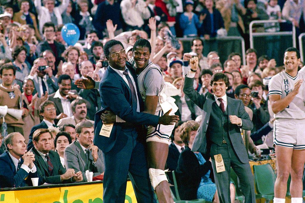 Allen Iverson mourns John Thompson:
