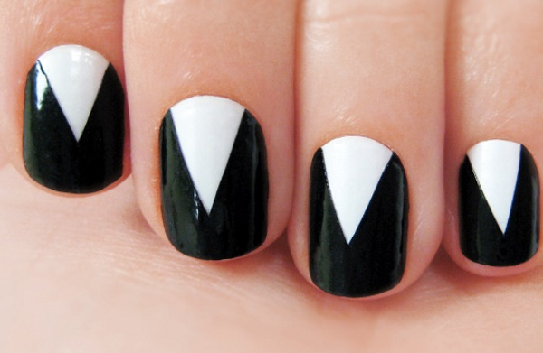 Nail Paints V Shaped Design
