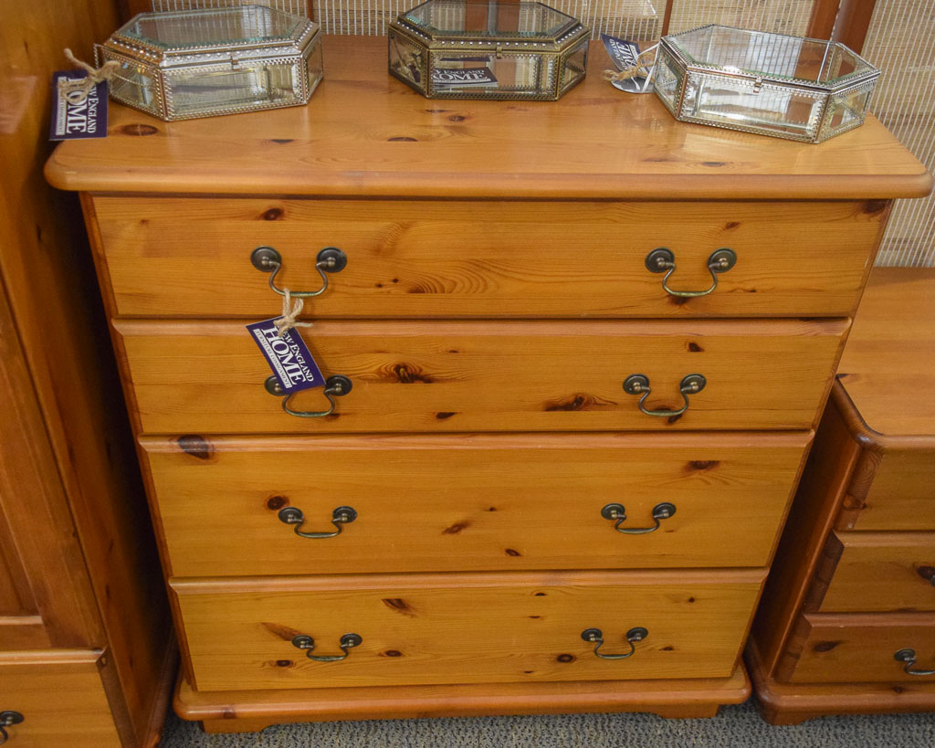 Knotty Pine 4 Drawer Chest New England Home Furniture Consignment