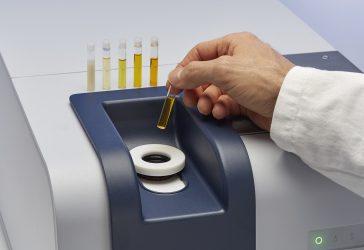 testing oils with FT-NIR spectroscopy