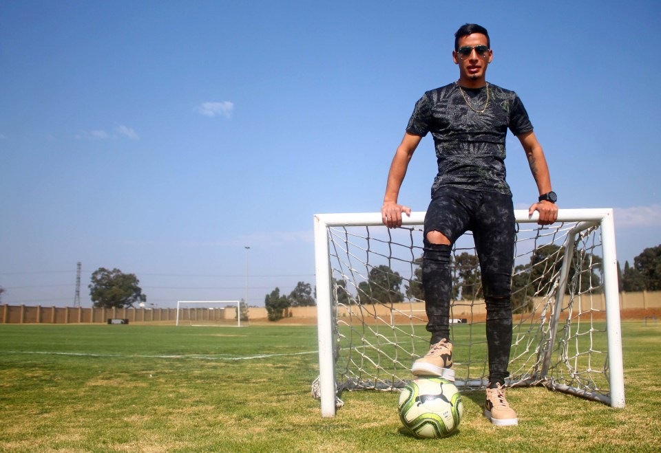Uruguayan player Gaston Sirino is the latest addition to Mamelodi Sundowns midfield.