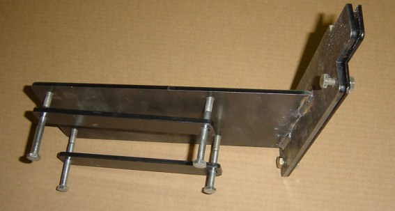 Right Rear Seal Mounts with Clamp Straps