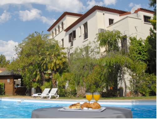 Hotel El Castell Coupons