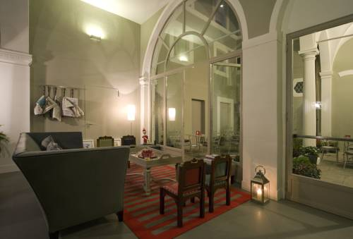 Hotel Rosso23 Coupons