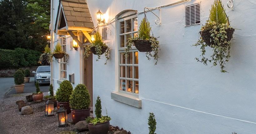 Outside The New Inn, Baschurch [image]