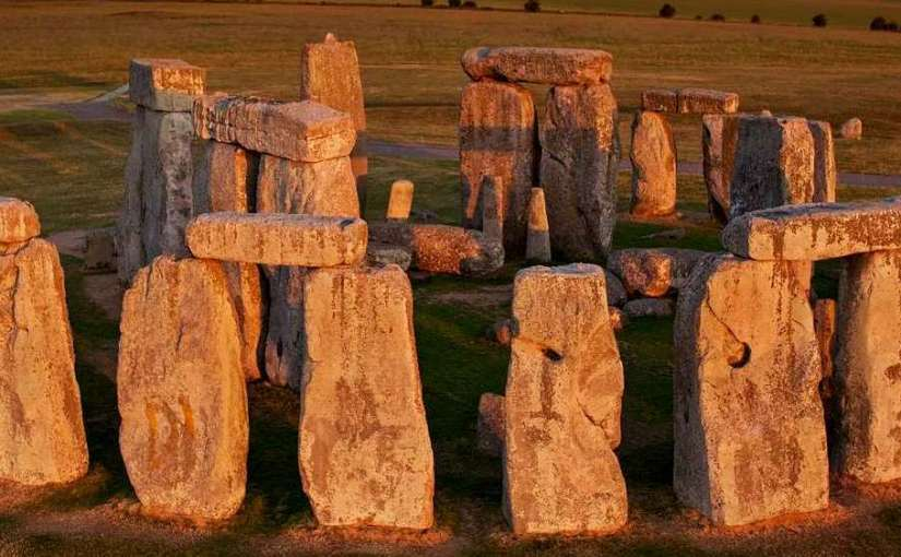 Stonehenge Facts, Secrets and Mysteries