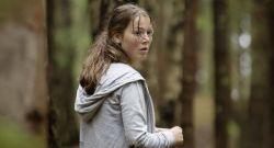 """Gute Schauspielerin in einer schrecklichen Rolle: Andrea Berntzen als 19-jährige Kaja, der Hauptfigur in """"Utøya 22. Juli"""" (Weltkino)"""