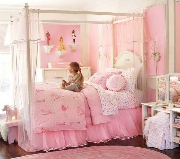 little girls pink bedroom with canopy bed Little Girls Bedroom Ideas - New Kids Center