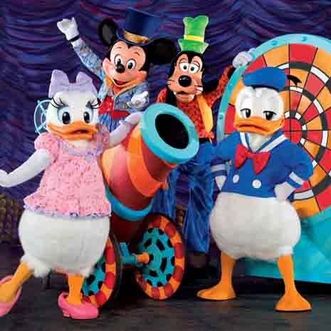 donal-mickey-and-friends-disney live magic show 2013