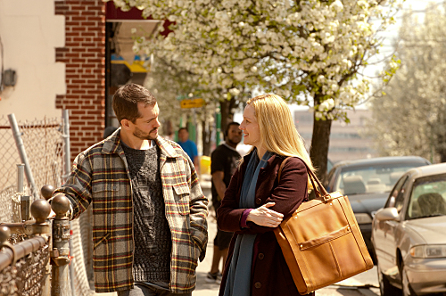 The Big C - photo Hugh Dancy, Laura Linney
