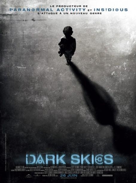 Affiche Dark Skies