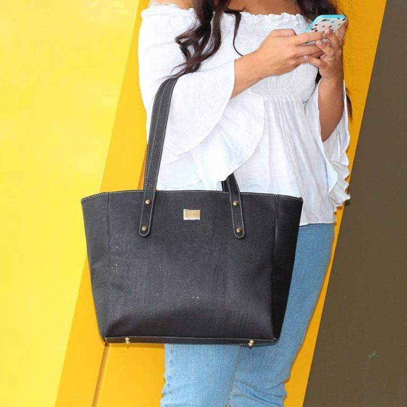 Cork handbags. Cork Tote