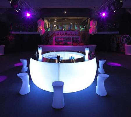 The Fiesta lighted outdoor bar by Vondom is perfect for