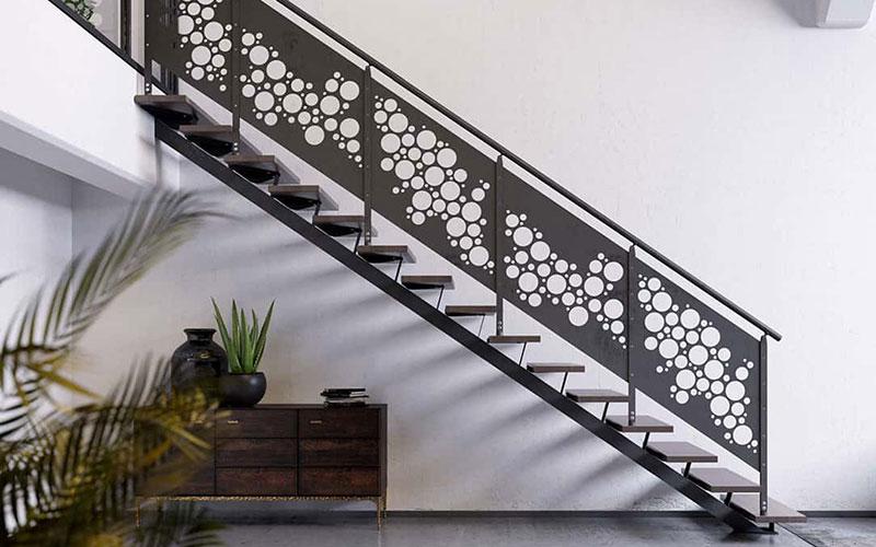 Balcone in alluminio con acciaio inox per facciate moderne. Ringhiere In Ferro Per Scale Newliving Scale