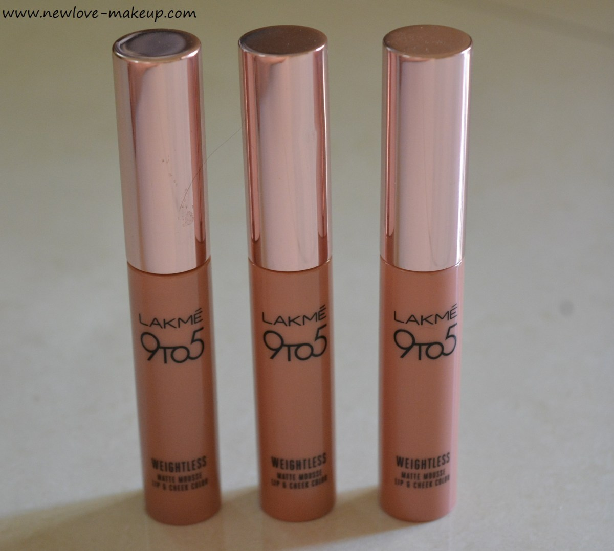 Lakme 9 to 5 Weightless Matte Mousse Lip & Cheek Color Review, Swatches