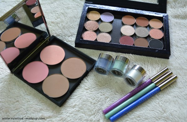 Makeup Geek is a website that makes make-up simple and happy. You can buy many products about makeup and With a different of videos on almost every makeup technique, Makeup Geek's target is to increase your makeup skills in the cozy environment of yourself.