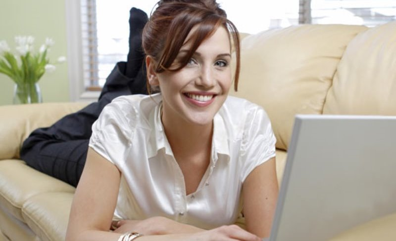 Online Dating Profile Examples for Women
