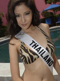 miss-thailand-swimsuit.jpg