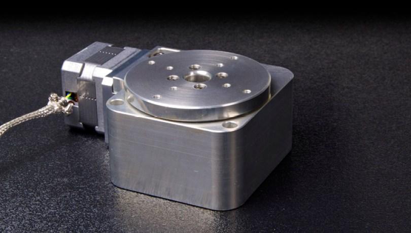 rm-3-vacuum-rotary-stage-1
