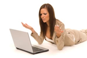 disappointed-woman-laptop