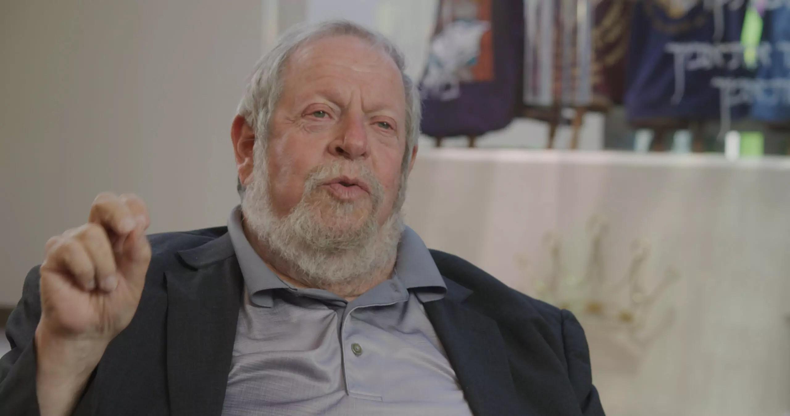 Portrait of Rabbi Stephen Leon.