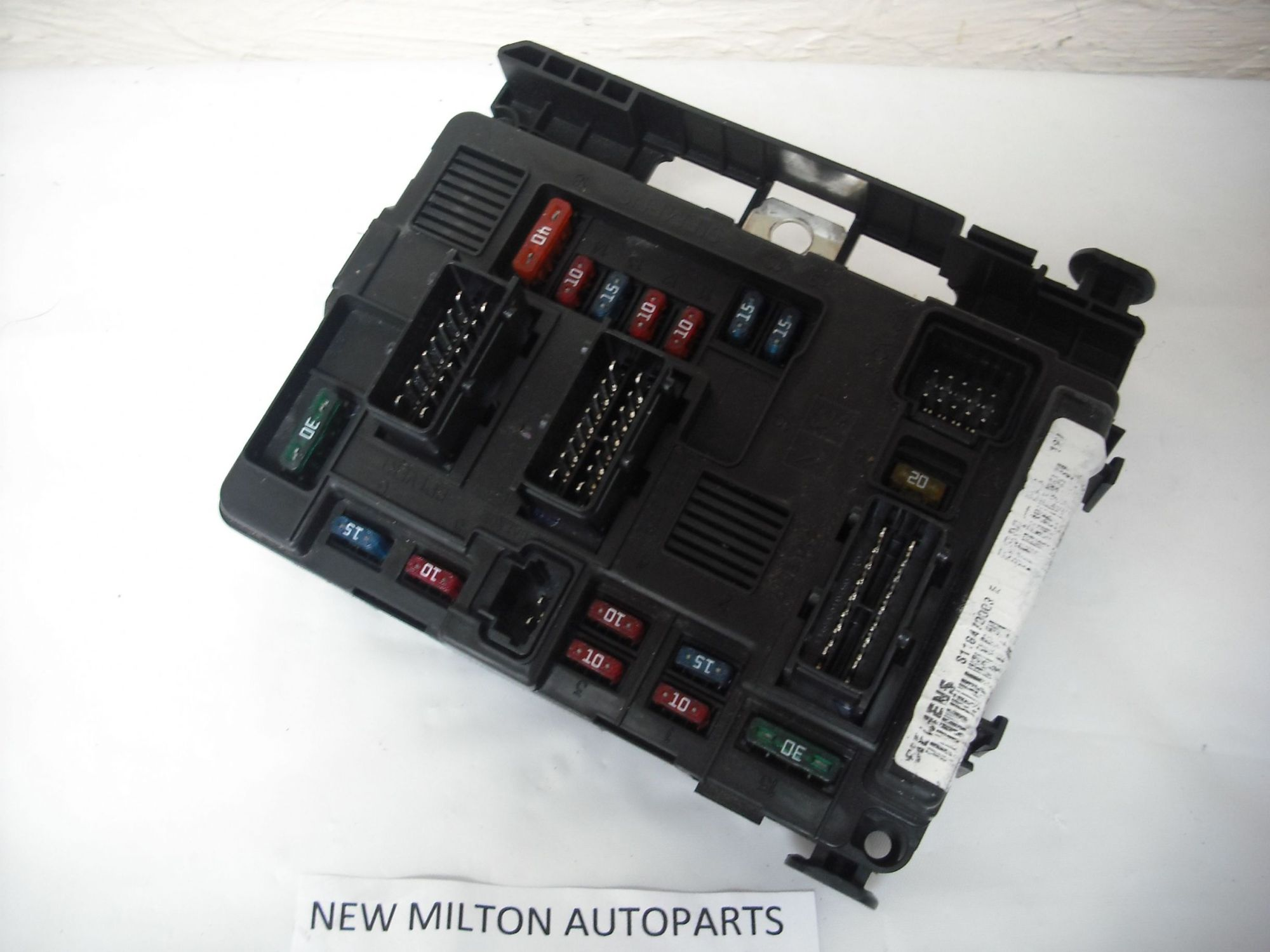 hight resolution of peugeot 206 fuse box cover